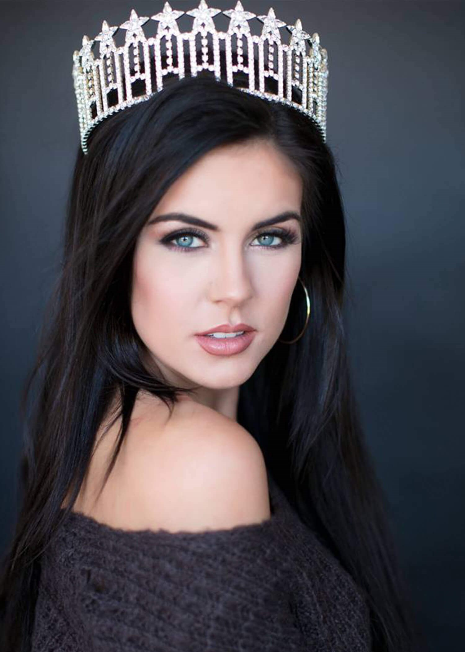 Miss Arkansas sees 20/15 After LASIK